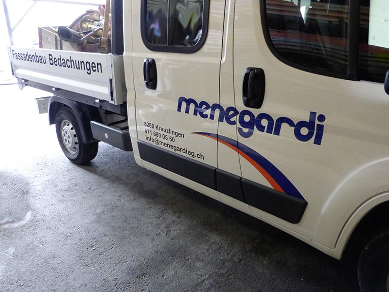 MeGusta_Referenz_Menegardi_Fahrzeugbeschriftung_1
