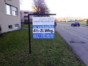 zu verkaufen Schild – Staub Treuhand AG