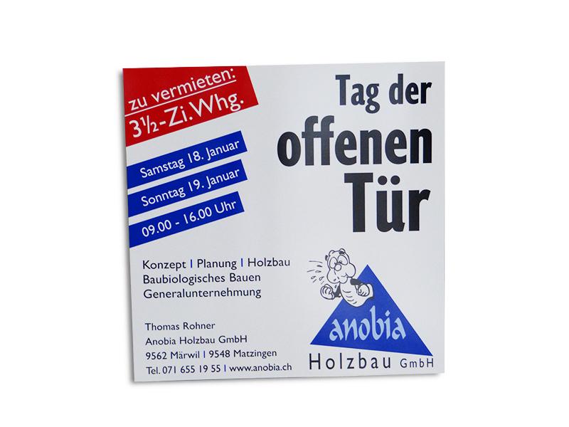 MeGusta_Referenz_anobia_holzbau_märwil_TagderOffenenTür_Werbeschild