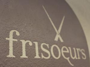 """Coiffeursalon """"frisoeurs"""""""